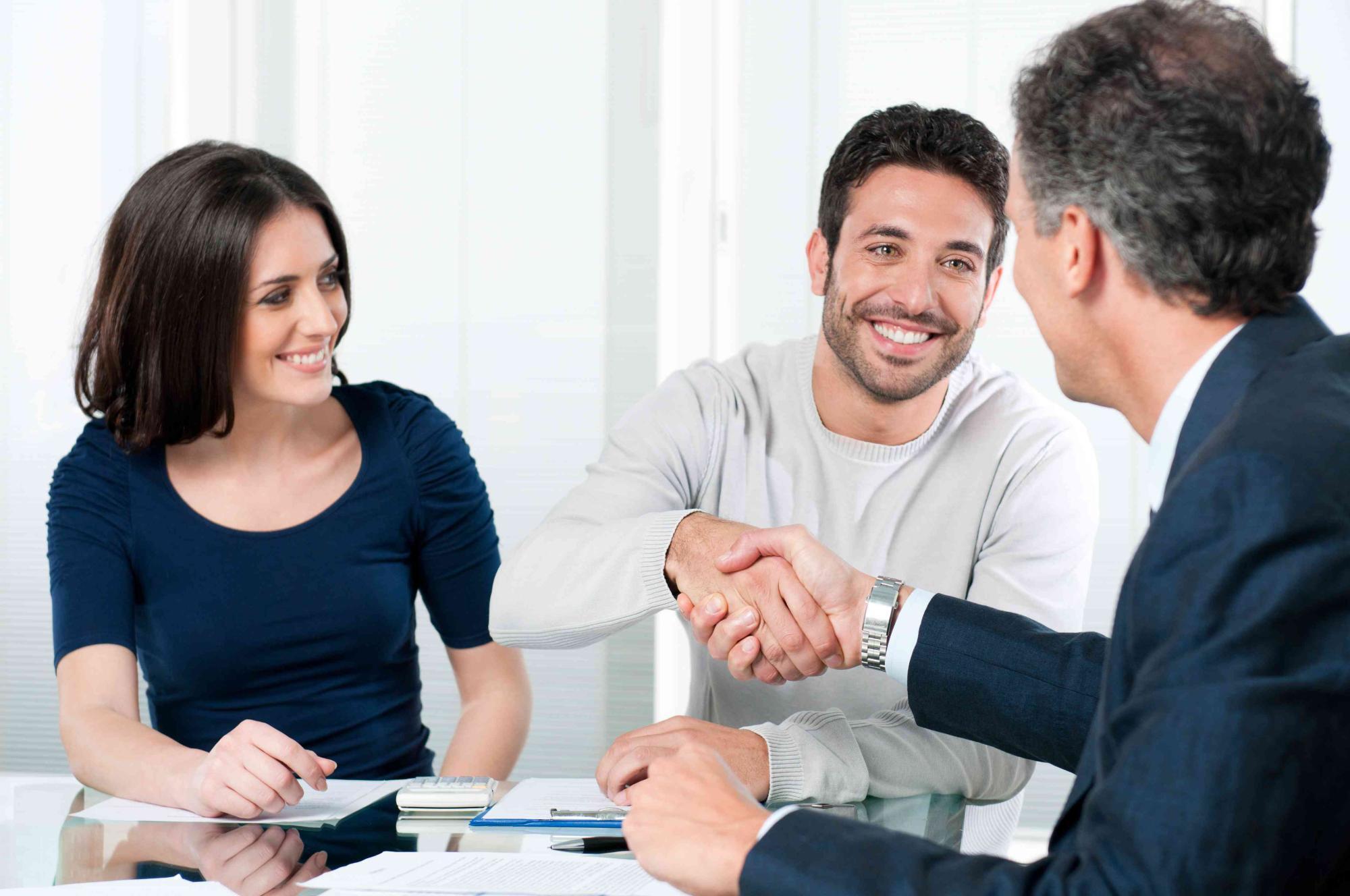 Cómo puede ayudarte un agente inmobiliario a vender tu casa